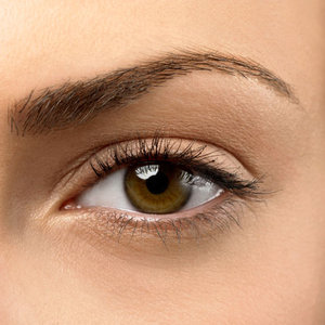 rb-woman-eye-brows-1-0809-mdn